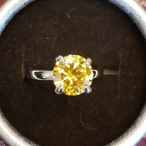 GORGEOUS solitaire Citrine ring .925 stamped